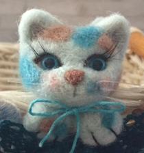 8月のスペシャル企画「月猫」