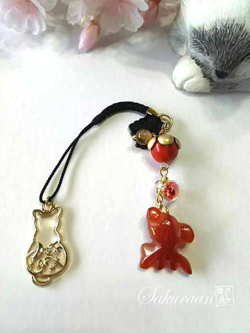 猫と金魚の根付(帯飾り)