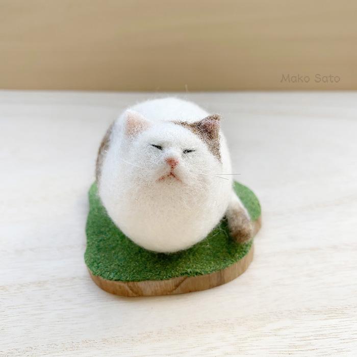 羊毛猫ブローチ